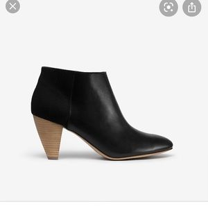 Kate Spade Saturday Ankle Boots Size 7.5 Black